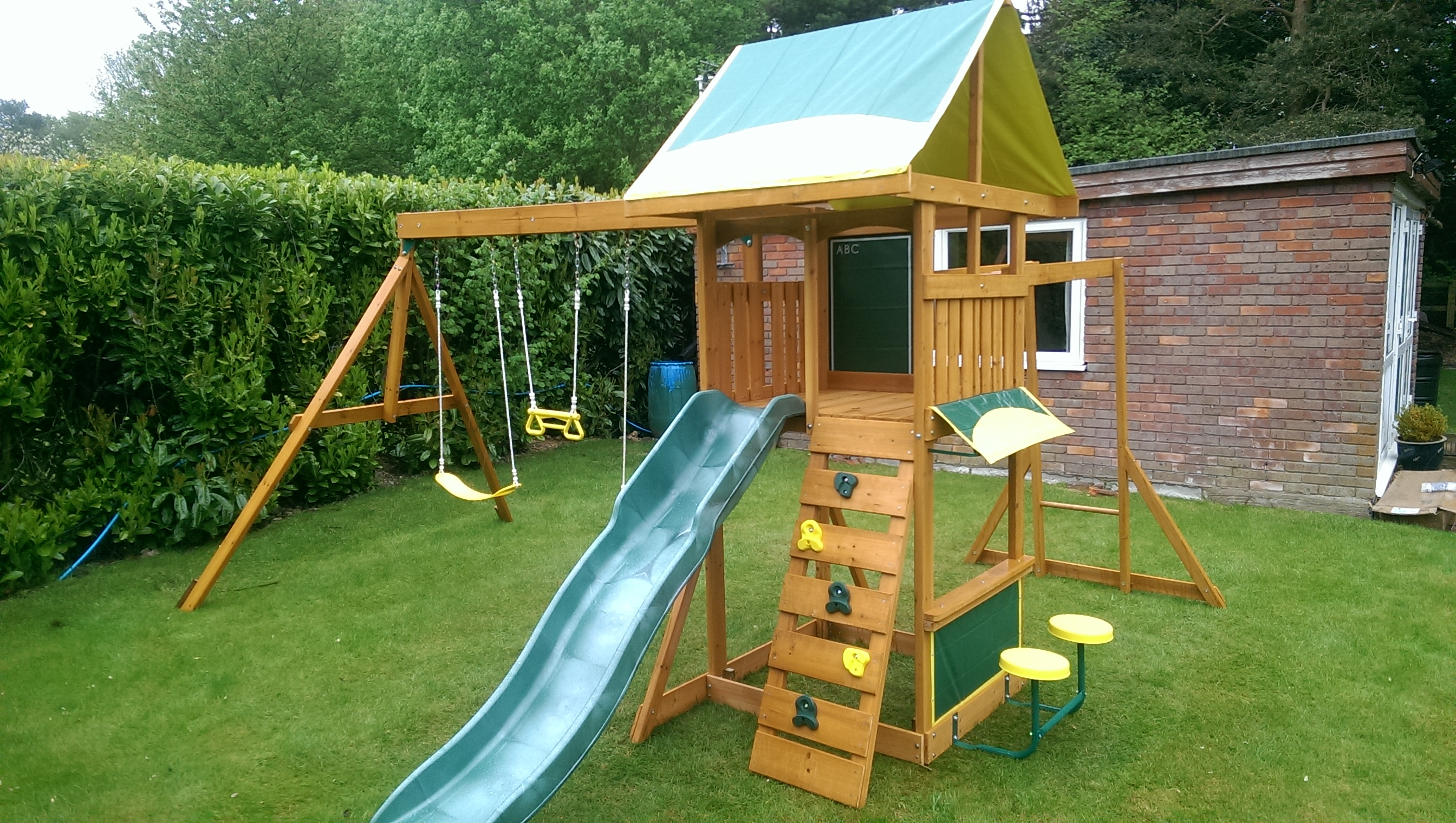 the brightside climbing frame from selwood climbing frame installer. Black Bedroom Furniture Sets. Home Design Ideas