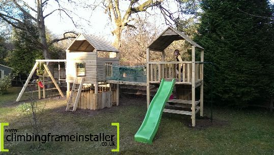 Play Crazy Double Tower Climbing Frame with Swings
